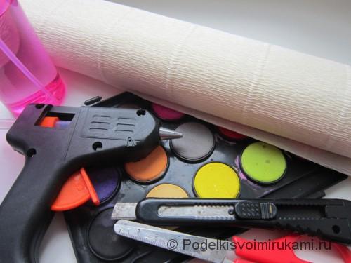 Как сделать розу из бумаги своими руками. Необходимые материалы. Шаг №1.