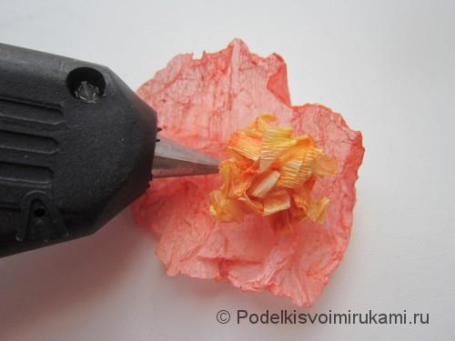 Как сделать розу из бумаги своими руками. Шаг №7.