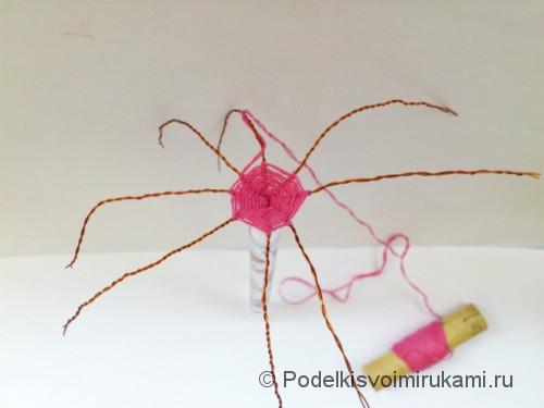 Как сделать зонтик для куклы. Шаг №4.
