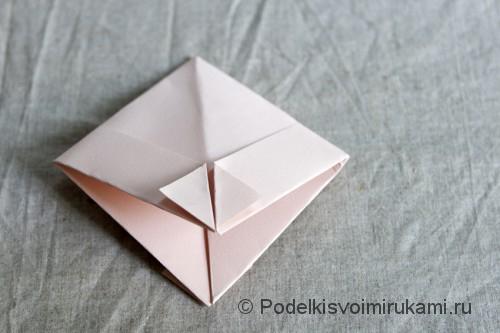 Изготовление бумажного кораблика - фото №7.