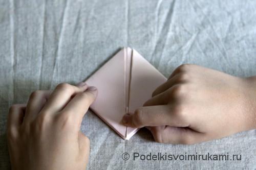 Изготовление бумажного кораблика - фото №9.