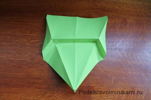 Как сделать самолётик из бумаги своими руками. Шаг №8.