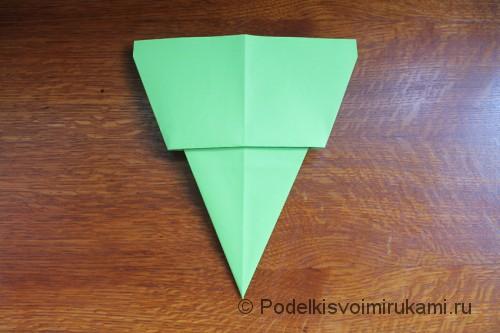 Как сделать самолётик из бумаги своими руками. Шаг №9.