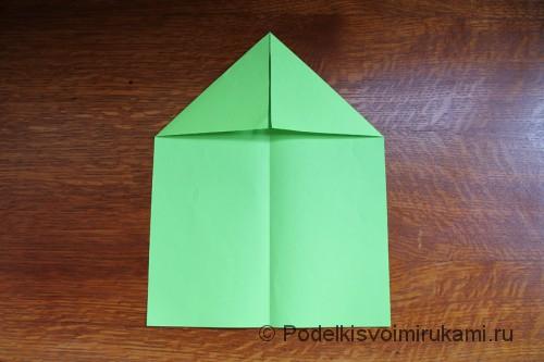 Как сделать самолётик из бумаги своими руками. Шаг №3. Фото 2.