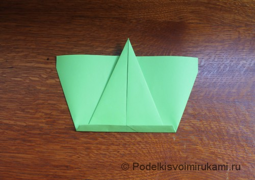 Как сделать самолётик из бумаги своими руками. Шаг №6.