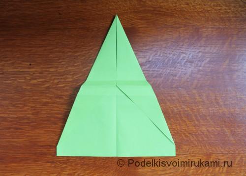 Как сделать самолётик из бумаги своими руками. Шаг №7.