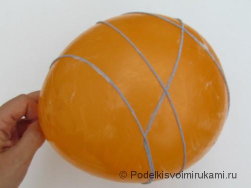Как сделать шарик из ниток своими руками. Шаг №3. Фото 1.