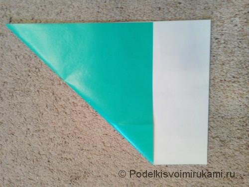 Как сделать четырёхконечный сюрикен из бумаги. Шаг №2. Фото 1.