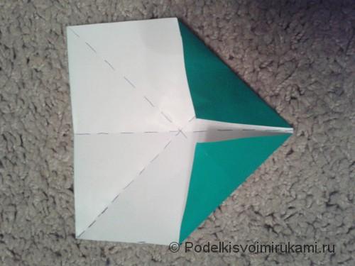 Как сделать восьмиугольный сюрикен из бумаги. Шаг №3.