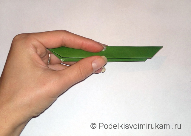 Как сделать лилию из бумаги. Шаг №1. Фото 11.