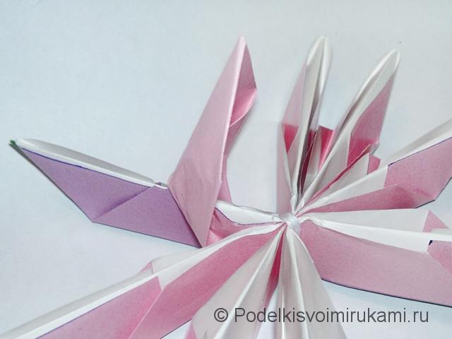 Как сделать лилию из бумаги. Шаг №3. Фото 19.