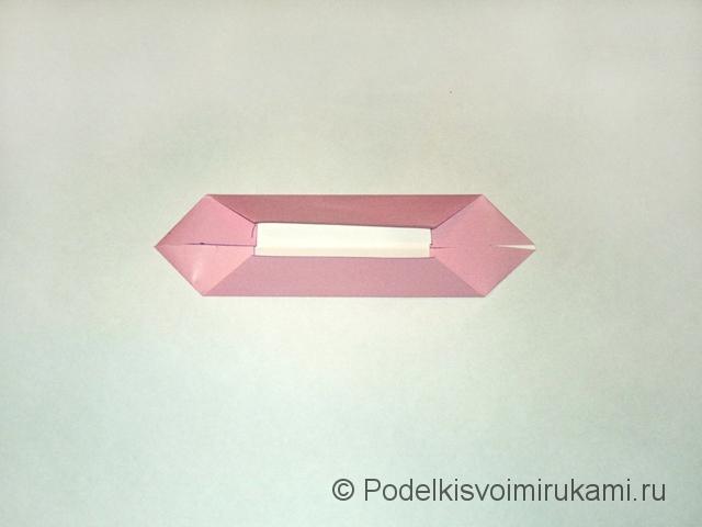Как сделать лилию из бумаги. Шаг №1. Фото 5.