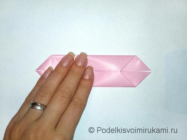 Как сделать лилию из бумаги. Шаг №1. Фото 6.