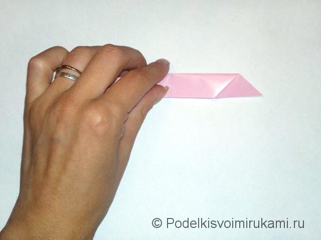 Как сделать лилию из бумаги. Шаг №1. Фото 8.