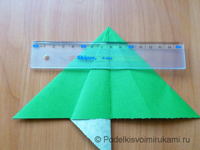 Ёлка оригами из бумаги своими руками. Шаг №15.