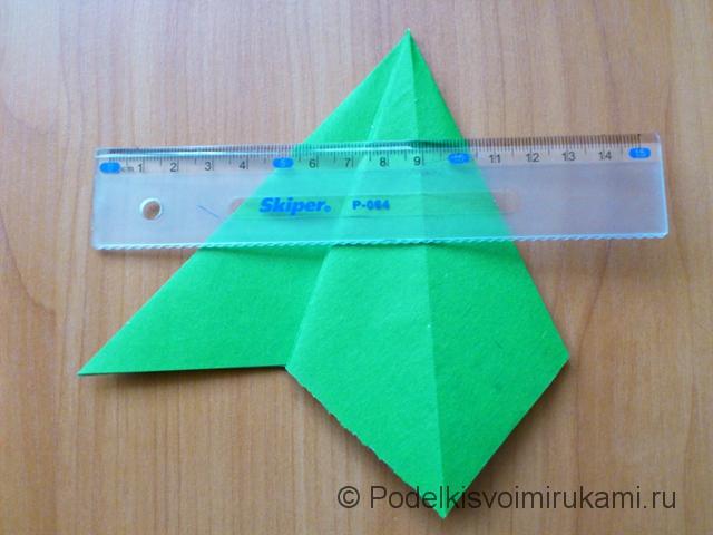 Ёлка оригами из бумаги своими руками. Шаг №17.