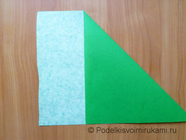 Ёлка оригами из бумаги своими руками. Шаг №2.