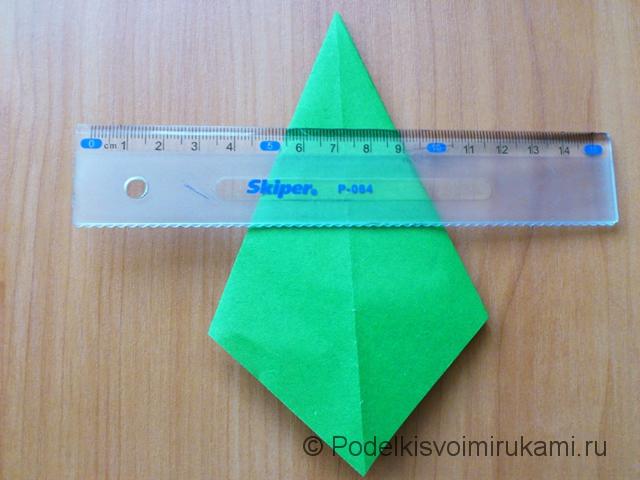 Ёлка оригами из бумаги своими руками. Шаг №20.
