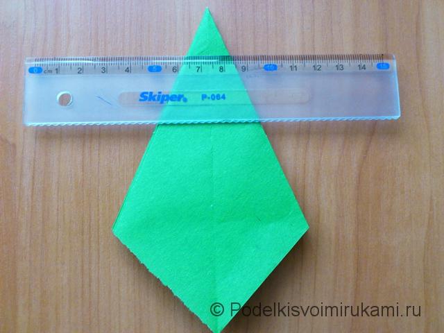 Ёлка оригами из бумаги своими руками. Шаг №22.