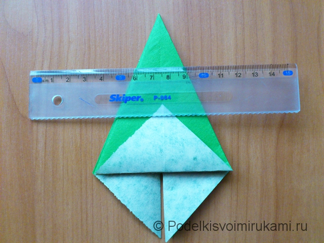 Ёлка оригами из бумаги своими руками. Шаг №23.