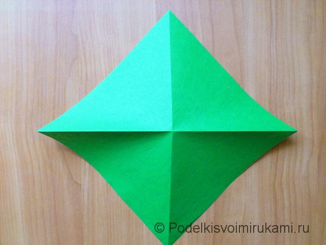 Ёлка оригами из бумаги своими руками. Шаг №4.