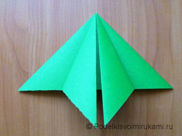 Ёлка оригами из бумаги своими руками. Шаг №9.