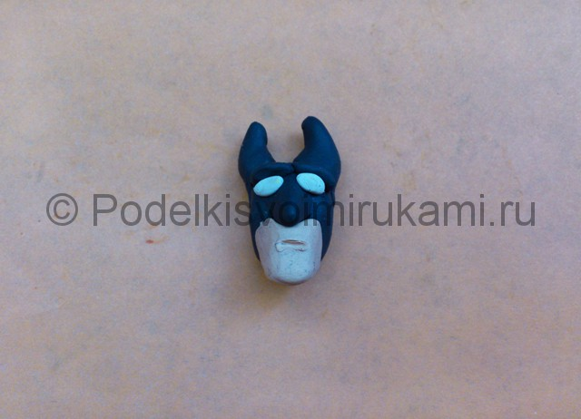 Бэтмен из пластилина. Шаг №4.