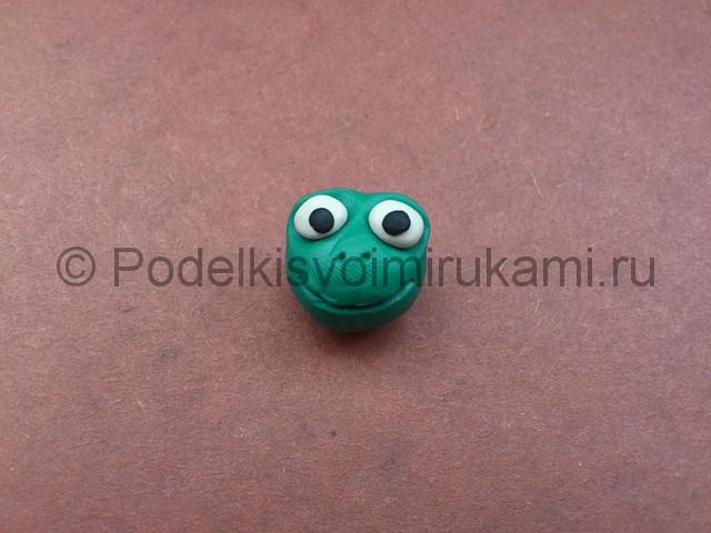 Царевна-лягушка из пластилина. Шаг №4.