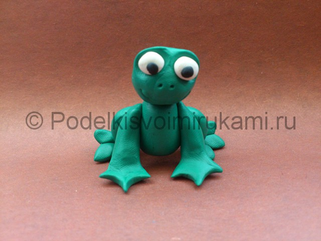 Царевна-лягушка из пластилина. Шаг №8.