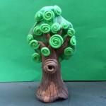 Дерево из пластилина. Итоговый вид поделки.