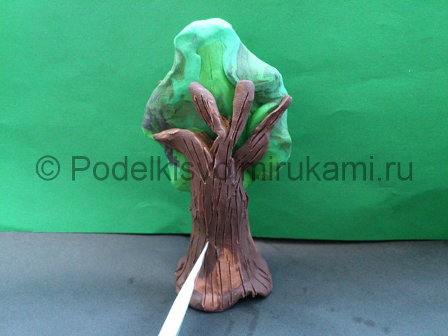 Дерево из пластилина. Шаг №9.