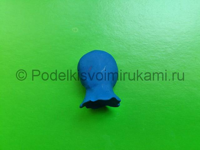 Гном из пластилина. Урок лепки с пошаговыми фото. Шаг №7.