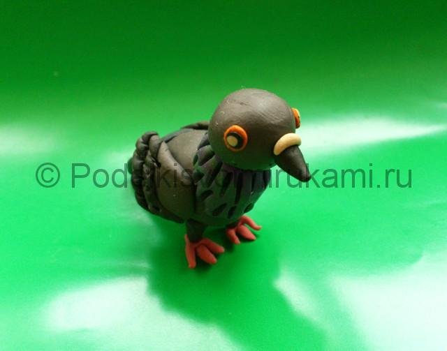 Лепка голубя из пластилина. Итоговый вид поделки. Фото 3.