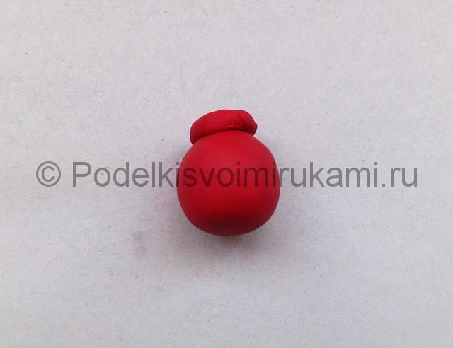 Лепка кувшина из пластилина. Шаг №6.