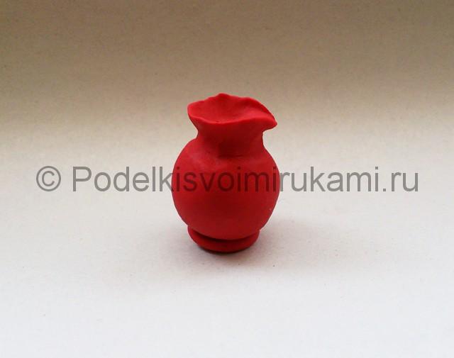 Лепка кувшина из пластилина. Шаг №8.