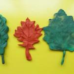 Лепка листьев из пластилина. Итоговый вид поделки.