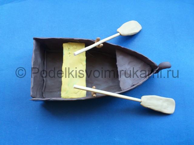 Как слепить лодку из пластилина. Итоговый вид поделки. Фото 2.