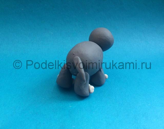 Как слепить слона из пластилина. Шаг №6.