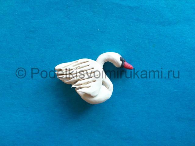 Лебедь из пластилина. Урок лепки. Шаг №8.