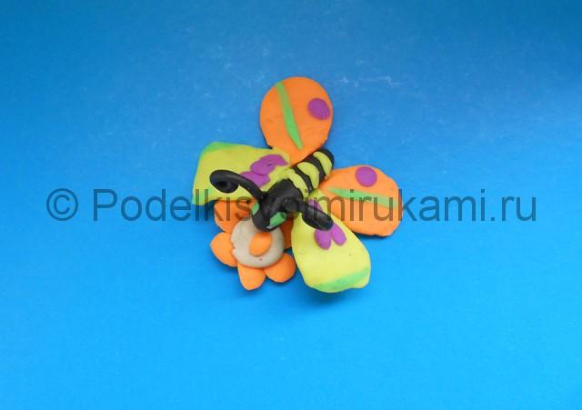 Лепка бабочки из пластилина. Итоговый вид поделки №1.