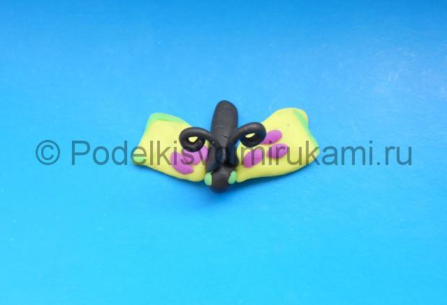 Лепка бабочки из пластилина. Шаг №6. Фото 6.1.