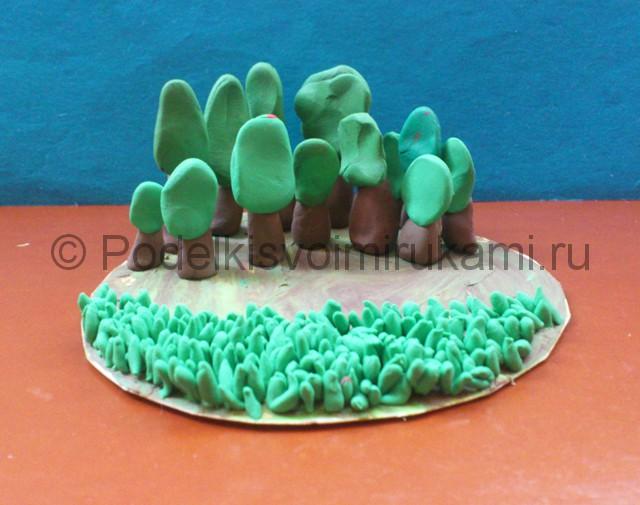 Лепка поляны из пластилина. Шаг №8.
