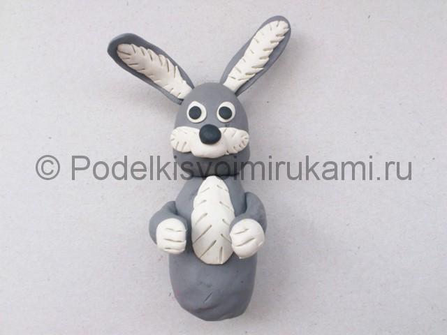 Лепка зайца из пластилина. Шаг №8.