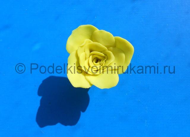 Лепка жёлтой розы из пластилина. Шаг №5. Фото 5.2.