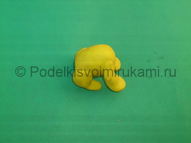 Лев из пластилина. Пошаговый урок лепки. Шаг №4.