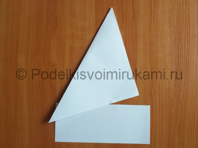 Объемная белая снежинка из бумаги. Шаг №3.