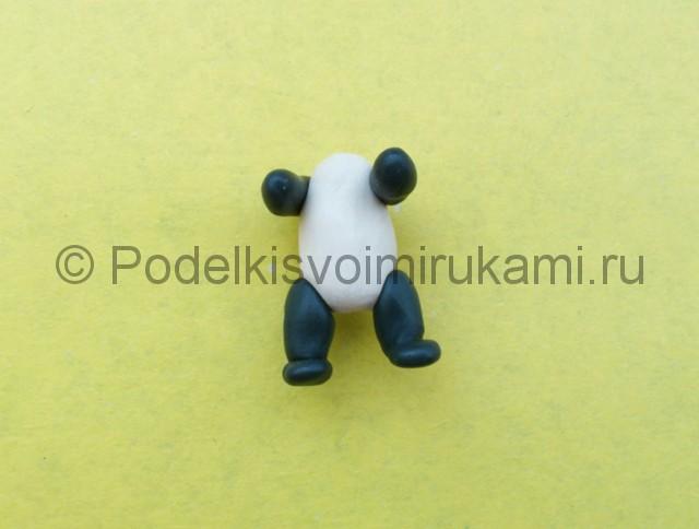 Панда из пластилина. Шаг №7.
