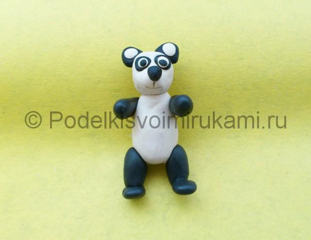 Панда из пластилина. Шаг №8.