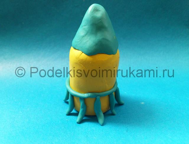 Ракета из пластилина. Шаг №4.