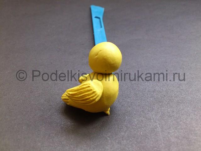 Утка из пластилина. Пошаговый урок лепки. Шаг №6.